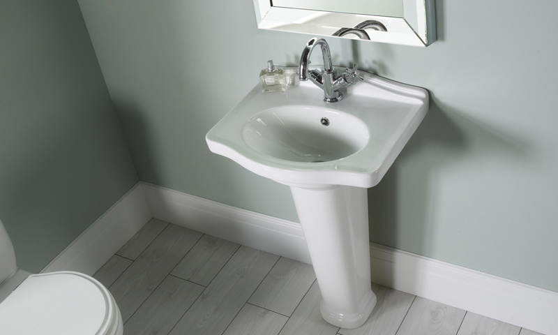 Pavilion Basin & Pedestal with traditional mirror LIFESTYLE